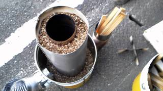 getlinkyoutube.com-ロケットストーブ1号機テスト Kinugasa Rocket stove No.1