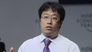 getlinkyoutube.com-New materials that mimic biology | Lee Haeshin