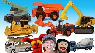 getlinkyoutube.com-What Do You See? Song | Construction Vehicles | Learn English Kids