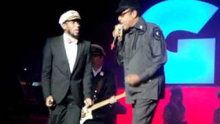 getlinkyoutube.com-Gorillaz - Stylo (feat. Mos Def & B. Womack - LIVE at the MSG)