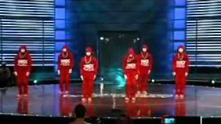 getlinkyoutube.com-jabbawockeez vs quest crew.flv