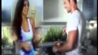 getlinkyoutube.com-Solo te puedo decir...William Levy y Elizabeth Gutierrez