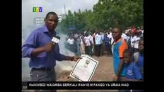 getlinkyoutube.com-Hii noma achomwa moto kwa utapeli mikocheni.
