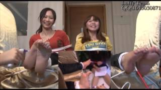 getlinkyoutube.com-Asian girl feet tickled