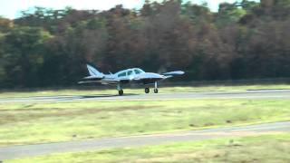 getlinkyoutube.com-Cessna 310, N3288M departing KHWY on  091810 at 1639