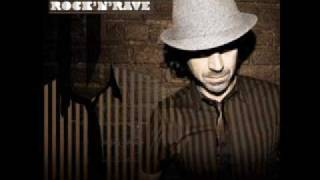 Benny Benassi – Love Is Gonna Save Us dinle_indir