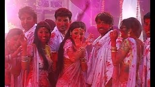 getlinkyoutube.com-Rudra, Paro, Madhu in Colors Holi