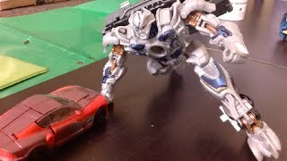 getlinkyoutube.com-Transformers Age of Extinction Optimus Prime vs Galvatron Stop Motion