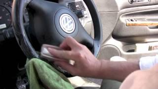 How to clean a steering wheel from RAC handbook series