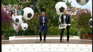 getlinkyoutube.com-Anders | Fahrenkrog - No More Tears On The Dancefloor (EURODISCO mix, ZDF-Fernsehgarten 26.06.2011)