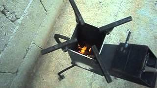 getlinkyoutube.com-Cocina a leña o estufa cohete
