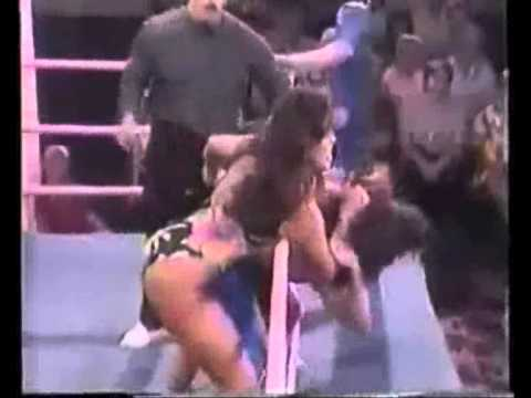 BEST OF Women Wrestling LOW BLOWS