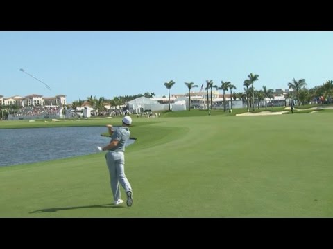 @McIlroyRory approach into water and club toss