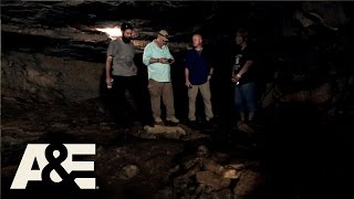 getlinkyoutube.com-Cursed: The Bell Witch: Deep in Bell Witch Cave (Season 1, Episode 4) | A&E