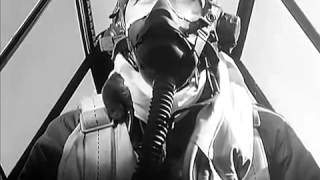 getlinkyoutube.com-WW2 P 51 Mustang, P 47 Dogfights