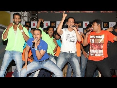 Chura Ke Leja Song Live Performance | Policegiri