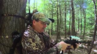 getlinkyoutube.com-NH Bear Hunt with Handgun