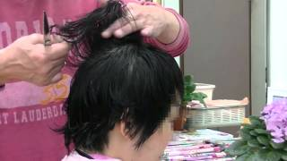getlinkyoutube.com-【エスカレートしてます】カット埼玉県狭山市美容室亜渡璃絵