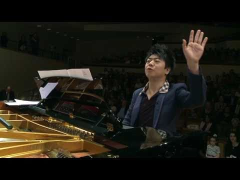 """Piano Extravaganza"" - Lang Lang in rehearsal with 100 piano students"