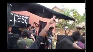 SORADRA - Maso Mena (Official Video)