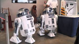getlinkyoutube.com-UK R2D2 Builders Club - Collectormania 17 (May 2011)