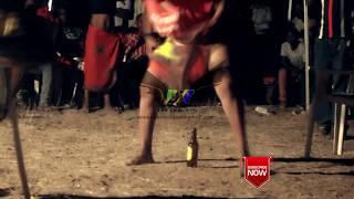 angalia raia walichofanya kwa madada wanaocheza singeri(kanga moko)