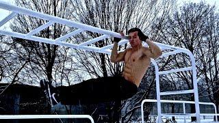 getlinkyoutube.com-Winter Calisthenics Street Workout Motivation! NO EXCUSES! - Calisthenics Unity