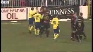 getlinkyoutube.com-Five players sent off: Cliftonville 2-1 Crusaders