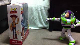 getlinkyoutube.com-実写:バズ・ウッディ救出作戦 1分51秒動画(セリフ有) Toy Story: Buzz Saving Woody Stop Motion Video ( Disney)