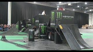 getlinkyoutube.com-Monster Energy Stunt Show auf der Motorradmesse Dortmund 2014 Monster Trial Show