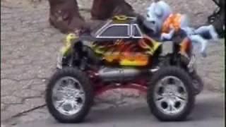getlinkyoutube.com-Crazy-frog on rc Car