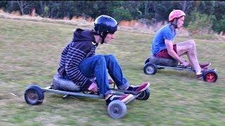 getlinkyoutube.com-Grass Kart Racing - Crazy Speeds