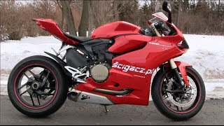 getlinkyoutube.com-Ducati Panigale 1199 Exhaust Sound & Walkaround, Startup & Reeving - Zimowe Przepalanie Panigale