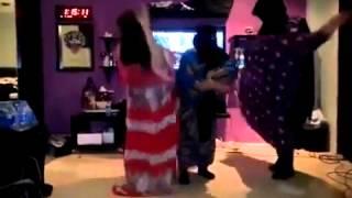 getlinkyoutube.com-رقص بنات الكيك وابداع السعوديات ههه