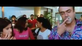 Smiley Suri forced Kiss with Rajit Kapoor   Y.M.I (2009)