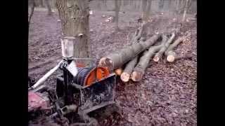 getlinkyoutube.com-Débardage treuillage micro-tracteur 4x4 CARRARO
