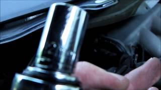 getlinkyoutube.com-2006 Nissan Quest Spark Plugs + PCV Valve Replacement