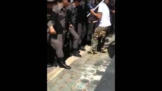 getlinkyoutube.com-ล้วงไข่ตำรวจ
