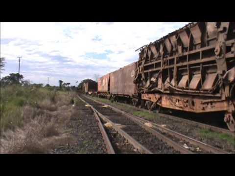 Trem Especial com Vagões Acidentados