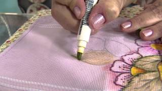 getlinkyoutube.com-Aprenda a pintar uma toalha de rosto usando canetinhas
