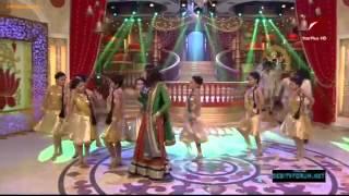 getlinkyoutube.com-Star Parivaar Khushiyon Ka Tyohaar 720p 6th October 2012 Video Watch Online HD Part6