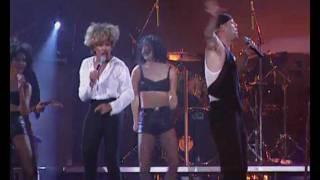 getlinkyoutube.com-Bruce Willis duet with Tina Turner