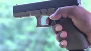 getlinkyoutube.com-GLOCK 17 Gen 4 vs M&P 9 Shooting Review