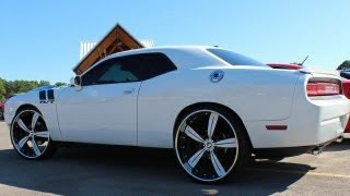 "getlinkyoutube.com-Dodge Challenger on staggered 26"" Forgiato Ritorno wheels"
