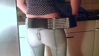 getlinkyoutube.com-Trying on a studded belt