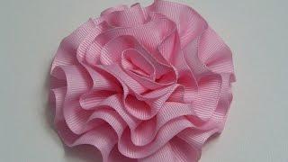 getlinkyoutube.com-Diy  Rosas o flores de listón para decoración de accesorios para el cabello.
