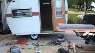 getlinkyoutube.com-Vintage Camper Restoration.wmv
