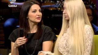 getlinkyoutube.com-Barbie Bebek Valeria Lukyanova { Beyaz Show } 15.02.2013