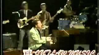 getlinkyoutube.com-Jerry Lee Lewis  - Pick Me Up On Your way down 1969 (live)