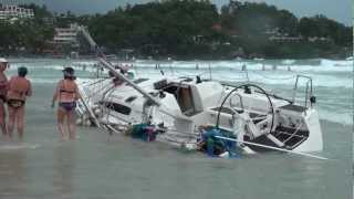 getlinkyoutube.com-2010 Phuket King's Cup Regatta Accident: Sailboats beached at Kata